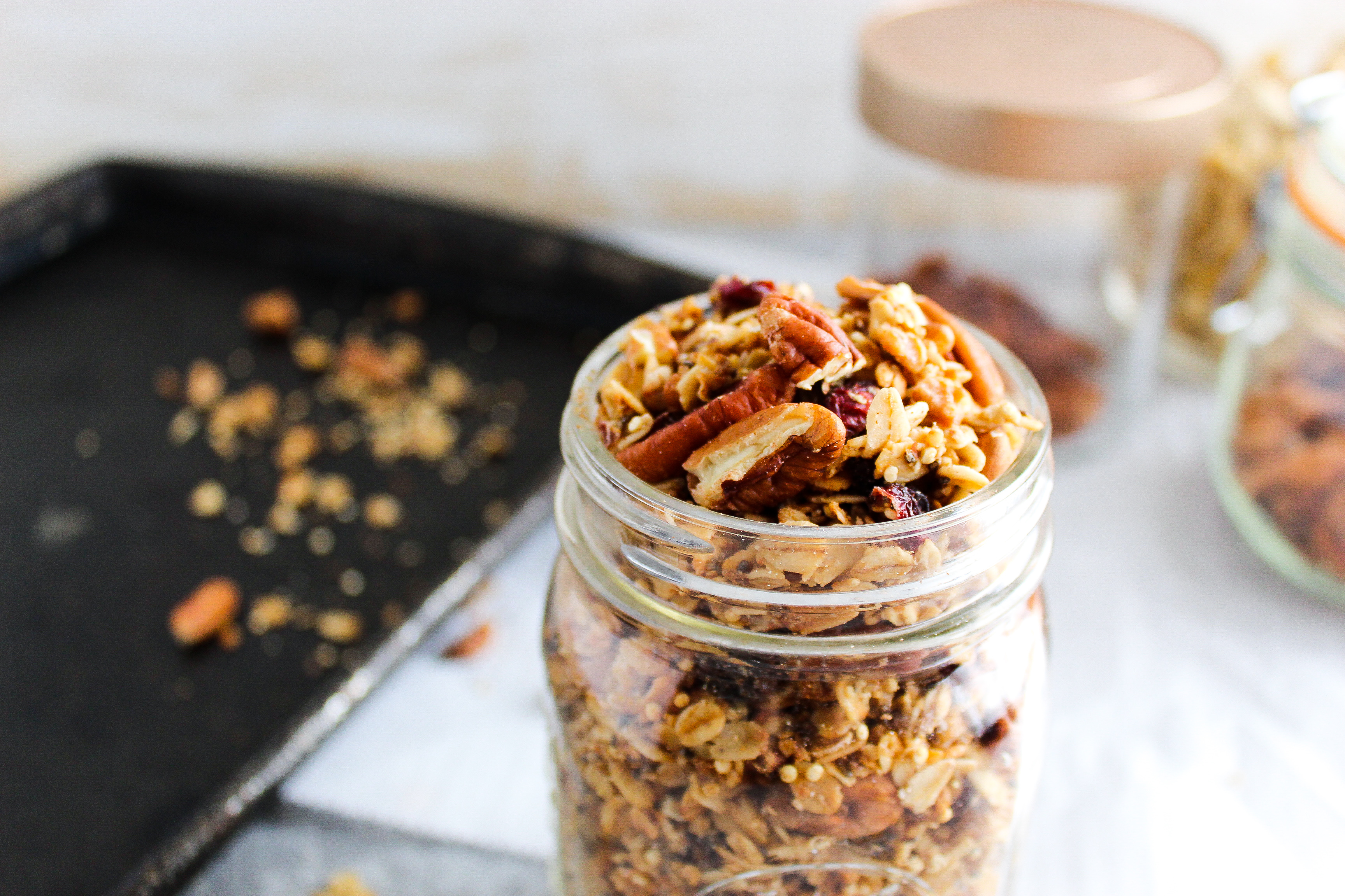 When it comes to physical activity like sports, hiking, backpacking, or working out– it's important to stay fueled appropriately. Try these healthy snacks like fruit, roasted, chickpeas, and more.